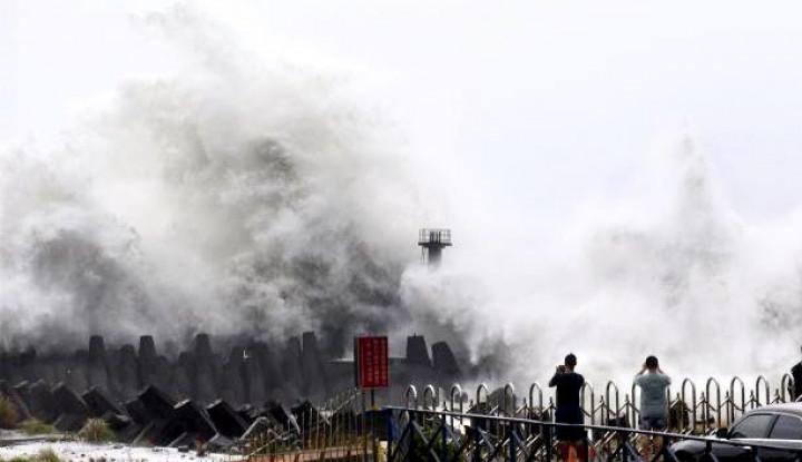 Badai Lekima Mendekati Taiwan, Sekolah Diliburkan - Warta Ekonomi