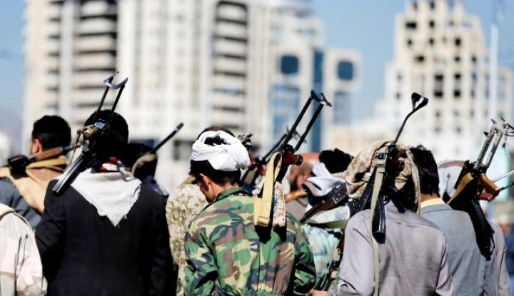 Bandara di Arab Saudi Jadi Target Drone Militan Houthi - Warta Ekonomi