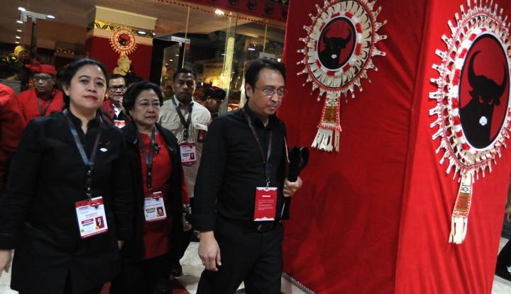 Bendera PDIP Dibakar, Puan Maharani Juga Teriakan...!!!