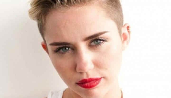 Miley Cyrus dan Liam Hemsworth Putuskan Bercerai - Warta Ekonomi