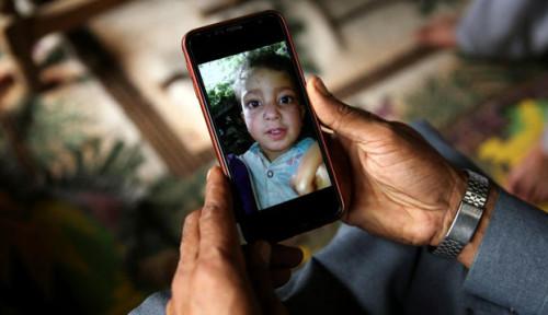 Foto Dikira Mainan, Bom Tewaskan Bocah 4 Tahun di Pakistan