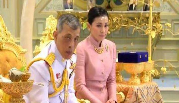 Tepok Jidat! Negara Kesulitan saat Wabah Corona, Raja Thailand Malah Karantina dalam Kemewahan