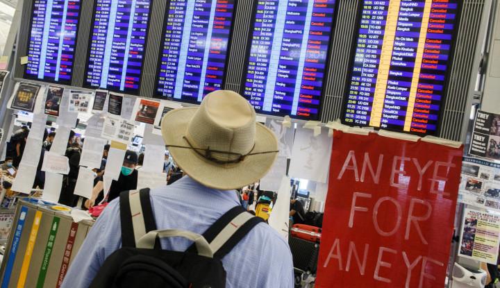 Bandara Hong Kong Segera Beroperasi Kembali Selasa Pagi - Warta Ekonomi