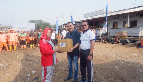 WOMF Sambut HUT RI, WOM Finance Bagikan 250 Paket Sembako