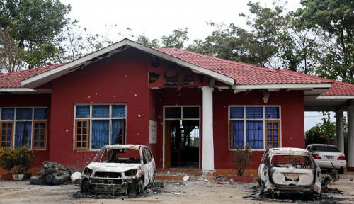 Foto Serangan Pemberontak Myanmar Sebabkan 15 Orang Terbunuh
