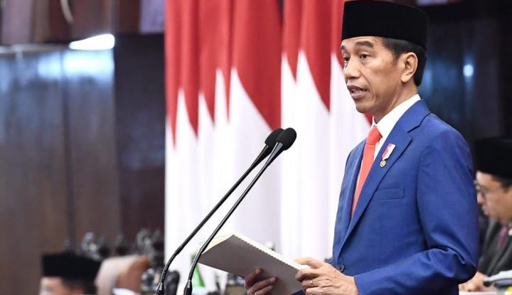 Jokowi Pimpin Upacara HUT ke-74 TNI di Halim Perdanakusuma - Warta Ekonomi