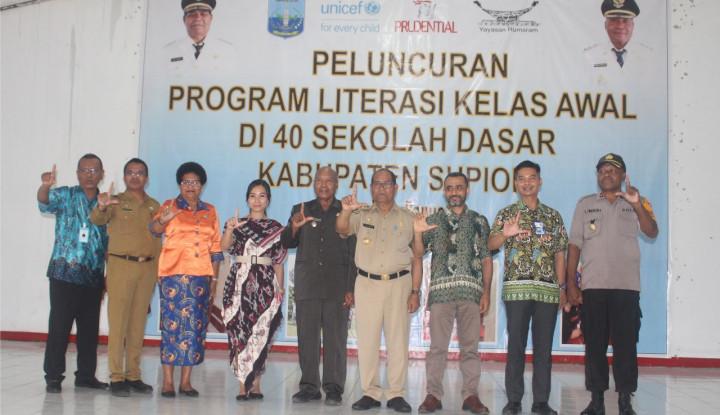 prudential buka kelas literasi untuk 2.000 anak-anak papua