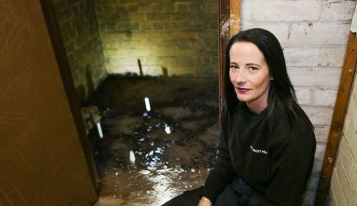 Beli Museum di Inggris, Wanita Ini Temukan Ruangan Rahasia Bekas Pemujaan Iblis - Warta Ekonomi