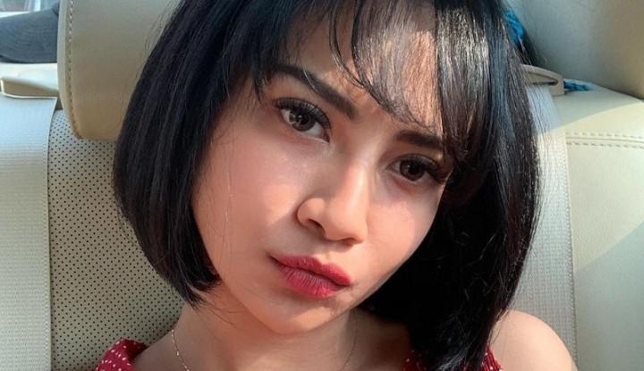 Dibully Warganet Soal Belahan Dada, Vanessa Angel Bilang. . . - Warta Ekonomi
