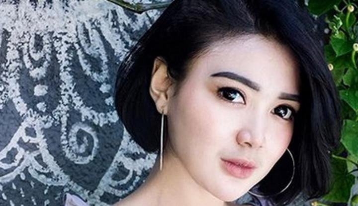 Deretan Foto Hot Wika Salim, Pedangdut Cantik yang Tengah Naik Daun - Warta Ekonomi