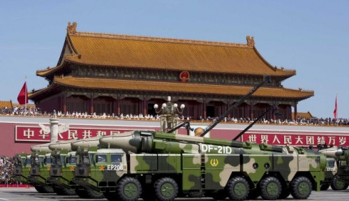 Rudal Pemusnah Kapal Induk Ditembakkan, China Bikin AS Kejang