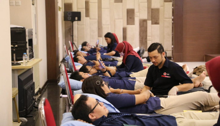 Peringati HUT RI, Karyawan Pupuk Indonesia Gelar Giat Donor Darah - Warta Ekonomi