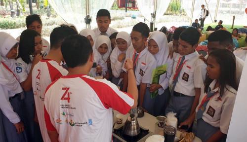 Foto Dipandu Mitra Binaan Indra Karya, Peserta SMN Maluku Ikuti Pelatihan Kopi