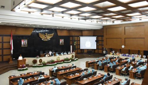 Foto Fenomena Gadai SK Pasca Dilantik jadi Anggota Dewan, Gerindra Bilang Begini Nih...
