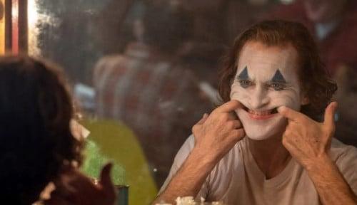 Foto Ini yang Membuat Joaquin Phoenix Takut Memerankan Karakter Joker