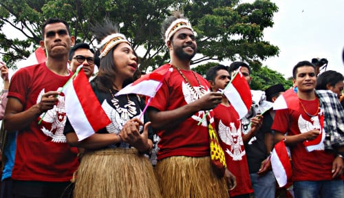 Berkat Dana Otsus Banyak Anak Muda Papua Mampu Sekolah di Luar Negeri