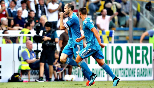 Foto Juventus Menang Tipis atas Parma 1-0