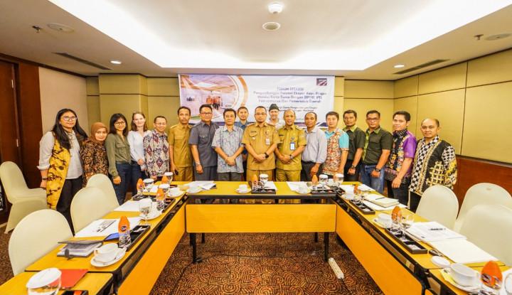Kemendag Pacu Ekspor Produk Berbahan Kayu Ringan Kalimantan Tengah - Warta Ekonomi