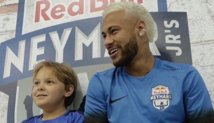Berseragam Selecao, Neymar Nampak Lebih Bahagia Karena...