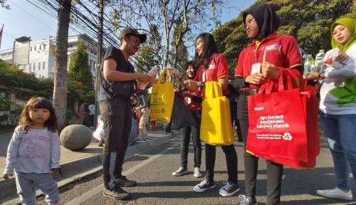 Foto Alfamart Serukan Gerakan 'Bersihin Indonesia'