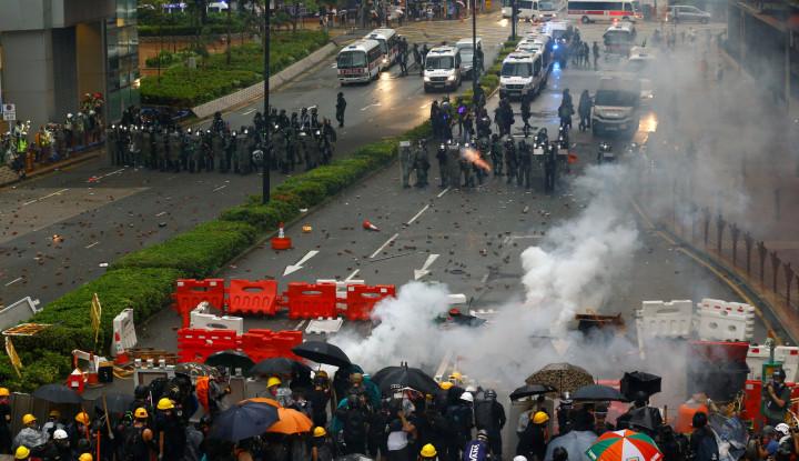 Hong Kong Makin Memanas, Pendemo Bakal Blokir Bandara dan Stasiun - Warta Ekonomi