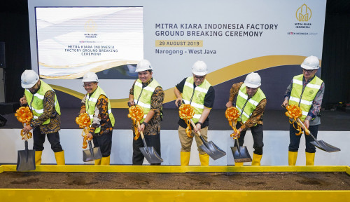 Foto Cari Sumber Pendapatan Baru, Semen Indonesia Bangun Pabrik Mortar