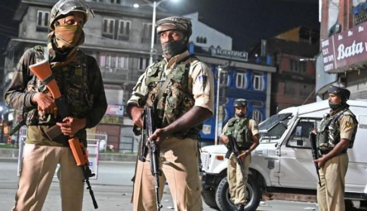 Penduduk Kashmir Dianiaya Polisi India, Foto Kekejaman Penganiayaan Beredar - Warta Ekonomi