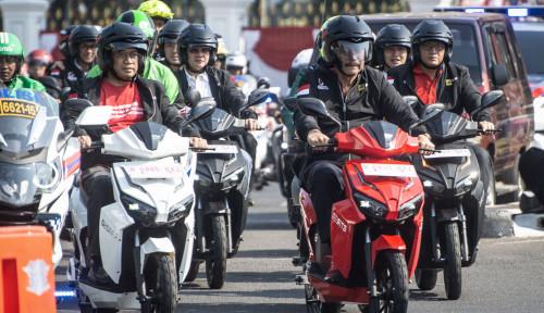 Foto Waduh, Bu Sri Mau Tarik Cukai Emisi Kendaraan Bermotor. Siap-siap!