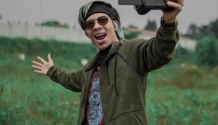 Diisukan 'Tiduri' DJ Bebby Fey di Hotel, Atta Halilintar Tunjuk Pengacara - Warta Ekonomi