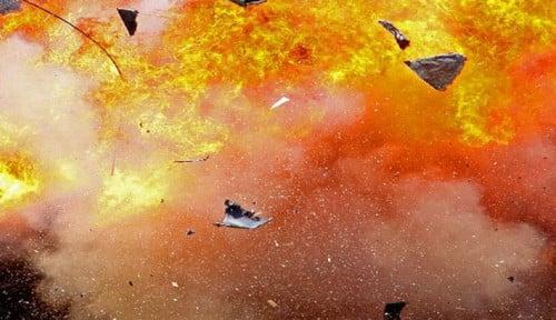 Foto Duar!! Ada Ledakan Bom di Polrestabes Medan, Pelaku Diduga Pakai Jaket Ojol