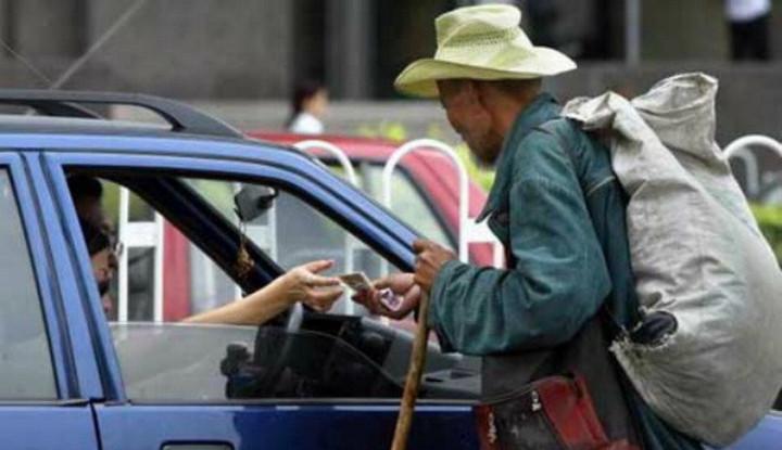 Heboh Pengemis Terjaring Razia, Bawa Uang Belasan Juta dan Deposito di Bank - Warta Ekonomi