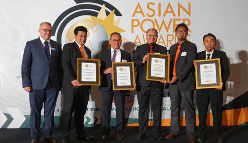 Foto Bangun Empat Pembangkit Listrik, PTPP Sabet Asian Power Awards