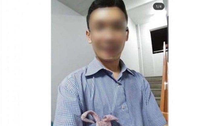 Gila! Pria di Singapura Unggah Foto Lagi Cium Celana Dalam Wanita di Instagram - Warta Ekonomi