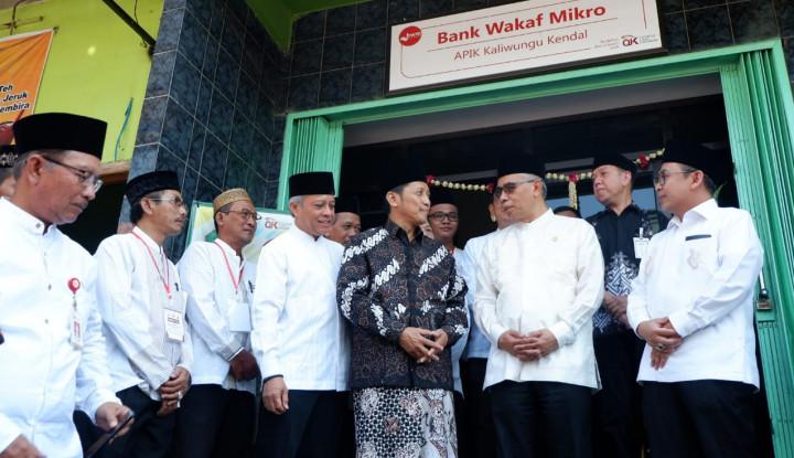 Perluas Akses Keuangan, OJK Resmikan Bank Wakaf Mikro di Kendal - Warta Ekonomi