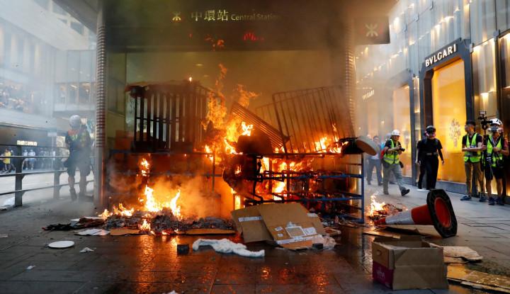 Rumor Polisi Eksekusi 3 Demonstran Guncang Publik Hong Kong - Warta Ekonomi