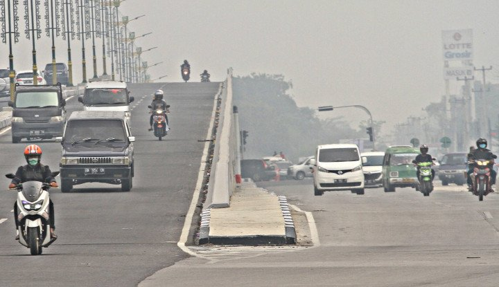 Akun Jokowi Diserbu Komentar Darurat Asap - Warta Ekonomi