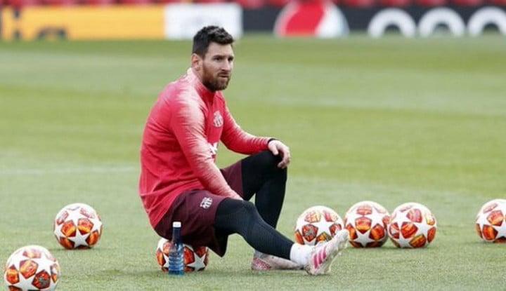 Barcelona Berencana Kontrak Lionel Messi Seumur Hidup - Warta Ekonomi