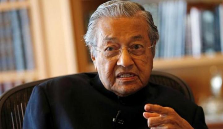 Tak Lama Setelah Ajukan Pengunduran Diri, Mahathir Panggil Anwar Ibrahim - Warta Ekonomi
