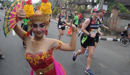 Foto Soal Kebijakan Karantina Wilayah, GImana Tanggapan Gubernur Bali?
