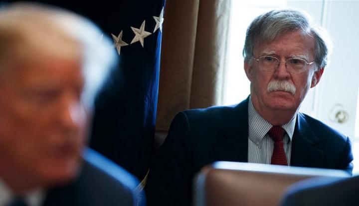 Trump Pecat John Bolton Sebagai Penasihat Keamanan Nasional - Warta Ekonomi