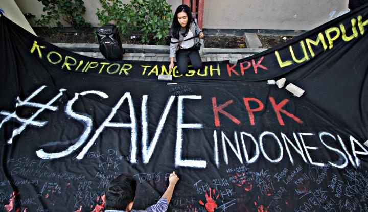 Gawat! Massa Pendukung Revisi UU Kembali Kepung Gedung KPK - Warta Ekonomi