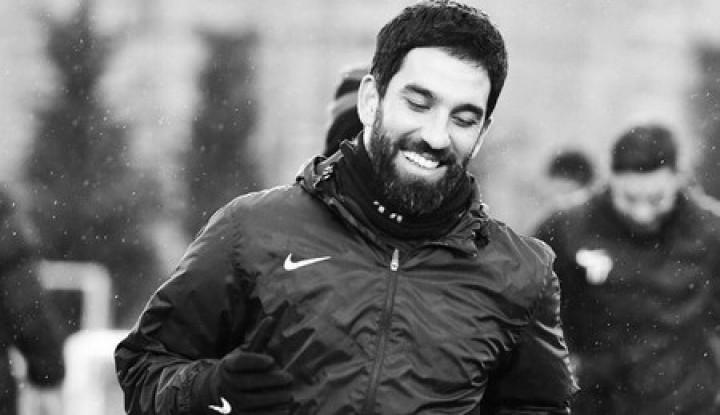 Tembak Seorang Penyanyi Turki di RS, Gelandang Barcelona Dihukum 2 Tahun Penjara - Warta Ekonomi