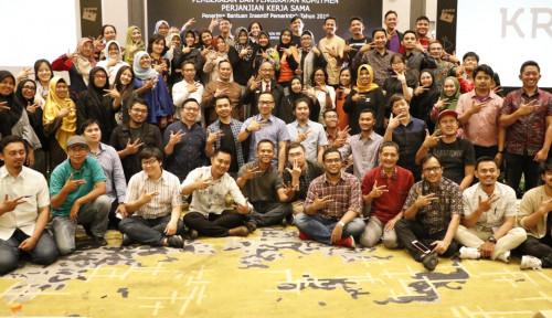 Foto Bekraf Salurkan Insentif Pemerintah pada 62 Pelaku Ekonomi Kreatif
