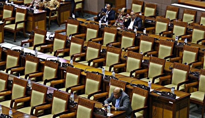 RKUHP Dicap Menjajah Rakyat, Apa Pembelaan DPR? - Warta Ekonomi