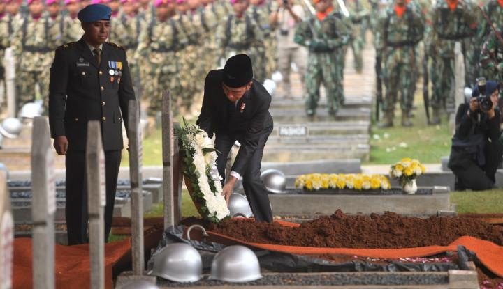 Jokowi: Selamat Jalan Mr Crack, Kami Akan Ingat Pesanmu! - Warta Ekonomi