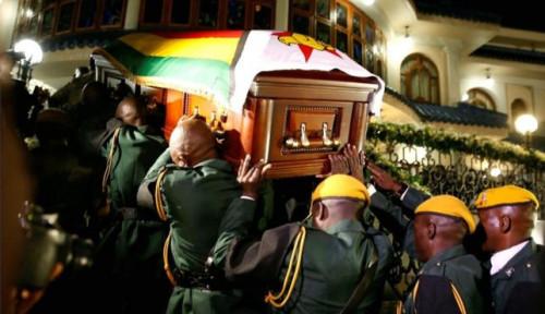 Foto Sakit Hati, Keluarga Tolak Robert Mugabe Dimakamkan Layaknya Pahlawan