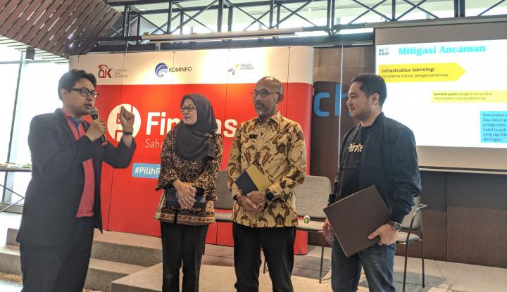 Fintech Pecahkan Tantangan Sosial Ekonomi Indonesia di Masa Depan - Warta Ekonomi