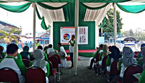 Foto Mendorong Generasi Milenial Surabaya Kenal Sawit