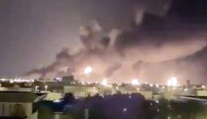 Pejabat AS Klaim Rudal Jelajah dan 20 Drone Iran Serang Minyak Saudi - Warta Ekonomi