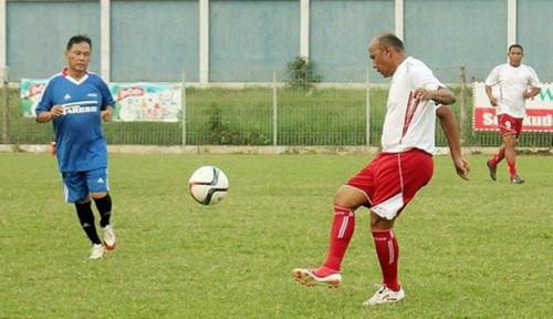 Foto Diisukan Gantikan McMenemy Latih Timnas Indonesia, Rahmat Darmawan Bilang. . .